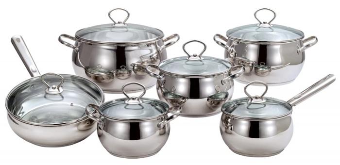 Набор посуды Costo Vitro, 12 предметов93-CO-01-07Набор Costo Vitro состоит из ковша с крышкой, 4 кастрюль с крышками и сковороды с крышкой. Посуда выполнена из высококачественной нержавеющей стали с зеркальным полированием. Крышки, изготовленные из термостойкого стекла, снабжены металлическими ободками для прочности и более плотного закрывания, а также отверстиями для выпуска пара. В посуде Costo Vitro, изготовленной из экологически чистого материала, можно готовить без масла или жира, в этой посуде сохраняются все полезные свойства продуктов и естественные вкусовые качества. Оптимальное соотношение толщины дна и стенок посуды обеспечивает равномерное распределение тепла, экономит энергию, делает посуду устойчивой к деформации. Многослойное капсулированное дно аккумулирует тепло, способствует быстрому закипанию и приготовлению пищи даже при небольшой мощности конфорок. Крепление ручек посуды к корпусу методом точечной сварки обеспечивает минимальный нагрев, прочность и надежность. Набор посуды Costo Vitro подходит...