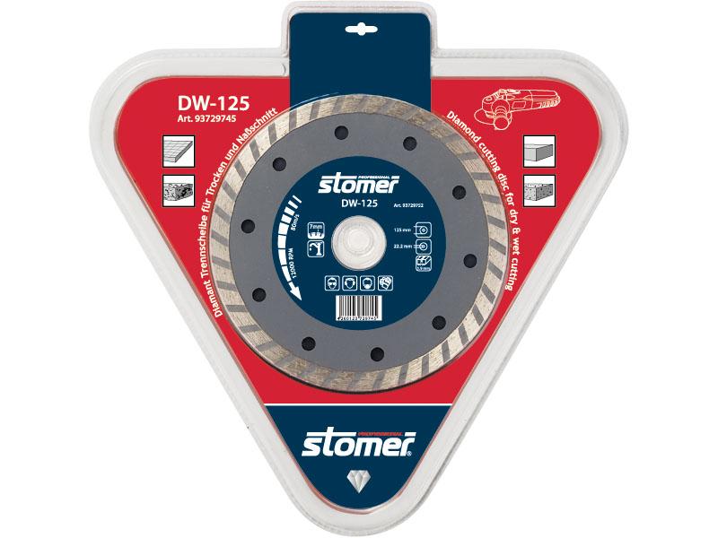Диск алмазный Stomer DW-125, 125 мм93729745Диск алмазный Stomer DW-125 со сплошным гофрированным режущим краем подходит для сухой и влажной резки. Используется с ручными углошлифовальными машинами, штраборезами и станками. Он универсален при работе на строительных площадках. Предназначен для резки и обработки различных строительных материалов и природного камня, может использоваться как с охлаждением водой, так и всухую.
