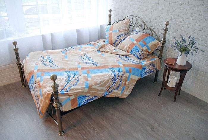 Комплект белья Sonna. Дыхание (мини-евро КПБ, бязь, наволочки 70х70)С-1023-01_мини-евроКомплект постельного белья Sonna. Дыхание, изготовленный из бязи, поможет вам расслабиться и подарит спокойный сон. Комплект состоит из простыни, пододеяльника и двух наволочек. Постельное белье под маркой Sonna изготавливается из ткани с улучшенными потребительскими свойствами, рисунки создаются специально для этой продукции и часто обновляются в соответствии с последними тенденциями моды. Sonna станет гармоничной частью вашего интерьера и вашей повседневной жизни. Это постельное белье будет долго радовать вас, ведь оно не линяет и не садится. Бязь - 100 % хлопок, хлопчатобумажная ткань полотняного переплетения. Ткань прочная, мягкая, имеет внешний вид одинаковый с лицевой и изнаночной стороны. Обладает низкой сминаемостью, легко стирается и хорошо гладится. Страна: Россия. Материал: бязь (100% хлопок). Артикул: С-1023-01. В комплект входят: Пододеяльник - 1 шт. Размер: 200 см х 220 см. Простыня -...