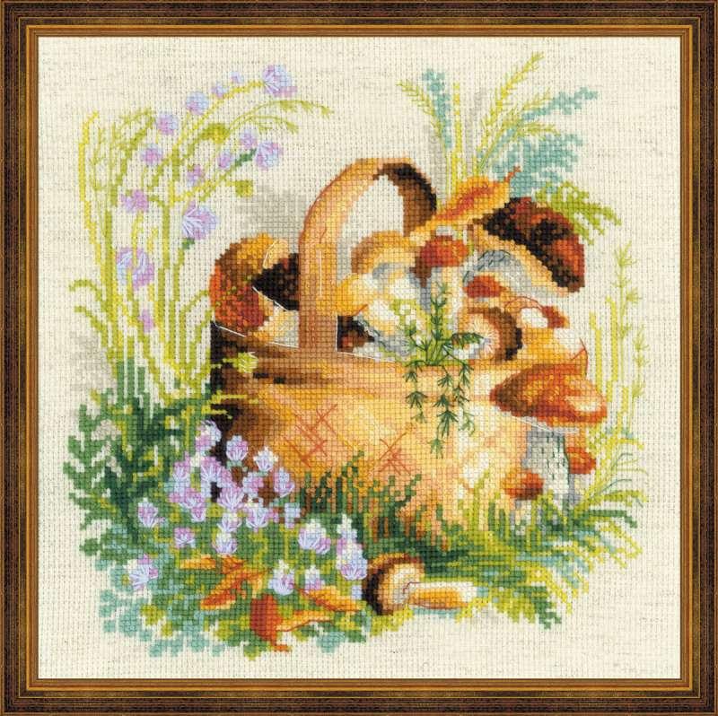 Набор для вышивания крестом Грибное лукошко, 30 х 30 см1363В наборе для вышивания крестом Грибное лукошко есть все необходимое для создания собственного чуда: канва, цветная схема, шерстяные нитки и игла. Красивый рисунок-вышивка с изображением лукошка с грибами будет оригинально и стильно смотреться в интерьере вашего помещения. Вышивание крестиком отвлечет вас от повседневных забот и превратится в увлекательное занятие! Работа, сделанная своими руками, создаст особый уют и атмосферу в доме и долгие годы будет радовать вас и ваших близких.