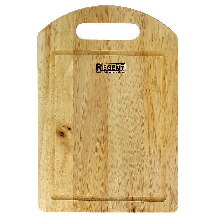 Доска разделочная Regent Inox, из гевеи, 30 х 20 х 1,2 см93-BO-1-04Прямоугольная разделочная доска Regent Inox изготовлена из высококачественной древесины - гевеи. Доска имеет углубление для стока жидкости вдоль края и специальное отверстие, при помощи которого ее можно подвесить в удобном месте. Прекрасно подходит для приготовления и сервировки пищи. Гевея - высококачественная порода каучукового дерева. Доски из гевеи, по сравнению с досками, изготовленными из других материалов, обладают следующими преимуществами: - долговечность - практичность - устойчивость к механическим нагрузкам - водоотталкивающие свойства - не впитывают запахи - не расслаиваются и не рассыхаются - не тупят ножи - оригинальный дизайн. На кухне рекомендуется иметь несколько досок, для различных продуктов: для мяса и птицы, для рыбы, для готовых продуктов, для хлеба, овощей и фруктов. Regent Inox предлагает на выбор несколько размеров и форм разделочных досок, а так же кухонные аксессуары из дерева.