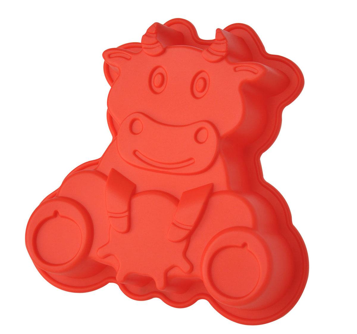 Форма для выпечки и заморозки Буренка, силиконовая, цвет: красный93-SI-FO-76Форма для выпечки и заморозки Бурёнка выполнена из силикона и предназначена для изготовления выпечки, конфет, мармелада, желе, льда и даже мыла. С помощью формы в виде забавной коровки любой день можно превратить в праздник и порадовать детей. Силиконовые формы выдерживают высокие и низкие температуры (от -40°С до +230°С). Они эластичны, износостойки, легко моются, не горят и не тлеют, не впитывают запахи, не оставляют пятен. Силикон абсолютно безвреден для здоровья. Не используйте моющие средства, содержащие абразивы. Можно мыть в посудомоечной машине. Подходит для использования во всех типах печей. Характеристики: Материал: силикон. Общий размер формы: 20 см х 19 см х 4,5 см. Размер упаковки: 30 см х 23,5 см х 4,8 см. Изготовитель: Италия. Артикул: 93-SI-FO-76.