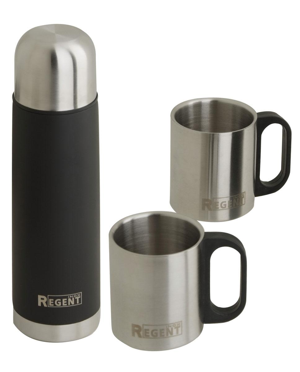 Термос Regent Inox Bullet, цвет: черный+ 2 кружки93-TE-B-S-01Термос Regent Inox Bullet изготовлен из высококачественной пищевой нержавеющей стали с глянцевой и матовой полировкой, что обеспечивает высокую надежность и долговечность. Современная технология с вакуумной изоляцией и металлическая колба, способствуют более длительному сохранению тепла. Через 12 часов температура жидкости в термосе станет равна 35-45°С при условии, что температура окружающей среды не ниже 18°С, а температура жидкости при заполнении не ниже +99°С. Regent Inox Bullet оснащен пластиковой пробкой с удобным кнопочным механизмом - напитки можно наливать, открутив крышку и нажав на кнопку, а крышку можно использовать как чашку. Термос удобен в использовании дома, на даче, в турпоходе и на рыбалке. Пригодится на работе, в офисе и командировке, экономит электроэнергию и время. К термосу прилагается две термокружки объемом 240 мл.