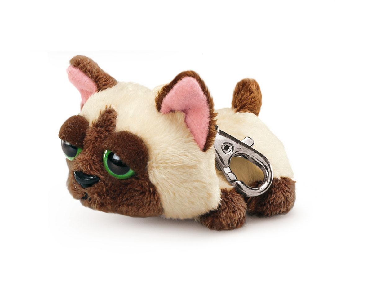 Мягкая игрушка-брелок Котята Пиперс. Сиамский, 6 см86190_сиамскийМягкая игрушка-брелок Котята Пиперс. Сиамский всегда будет с вами! С помощью карабина, игрушку можно пристегнуть на пояс, к рюкзаку, сумке или повесить на связку ключей. Удивительно мягкая игрушка-брелок, выполненная в виде очаровательного котика с большими печальными глазами, яркой индивидуальностью и невероятным шармом, принесет радость своему обладателю. Игрушка абсолютно безопасна для детей, так как выполнена из нетоксичных и не аллергенных материалов. Это отличный подарок как для детей, так и для взрослых!