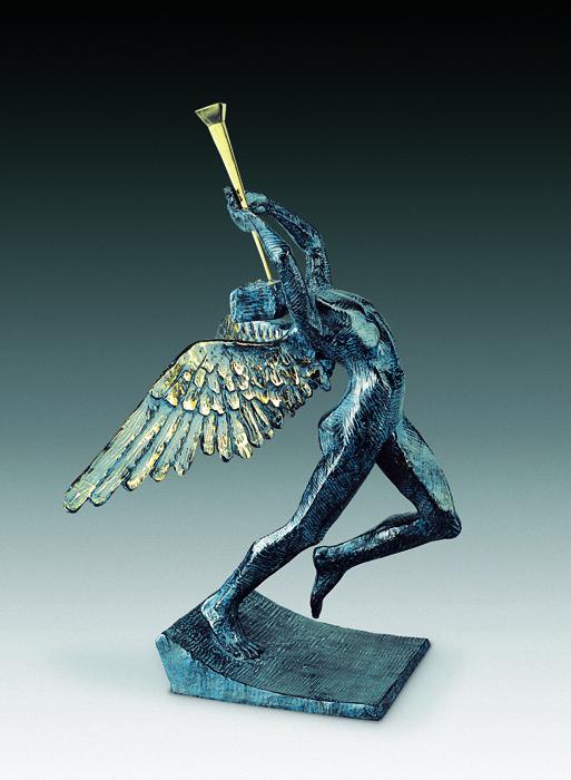 Скульптура Ликующий ангел. Сальвадор Дали. Коллекция Arteus. Бронза, 1976 годAR09Идеально для представительского подарка высокопоставленному лицу! Бронзовая скульптура Ликующий ангел из коллекции Arteus станет роскошным подарком поклоннику сюрреализма и творчества Сальвадора Дали. Скульптура была создана Дали в 1976 году. Эксклюзивный номерной экземпляр с подписью Сальвадора Дали! Скульптура Ликующий ангел. Сальвадор Дали. Бронза. Perseo, Швейцария. Размер 50 см. Техника: литье по выплавляемым восковым моделям. Тираж 350 экземпляров. На скульптуре имеется клеймо с указанием уникального номера представленного изделия из общего количества выпущенных экземпляров. Порядковый номер экземпляра может отличаться от указанного на фото. Коллекция Arteus. Литейная мастерская Perseo, Швейцария. Скульптуру сопровождает сертификат идентичности. Образец сертификата представлен на фото. Товар доступен для заказа только на условиях предоплаты.