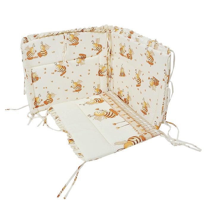 Бампер в кроватку Пчелки132Бампер Пчелки состоит из четырех частей и закрывает весь периметр кроватки. Бортик крепится к кроватке с помощью специальных завязок, благодаря чему его можно поместить в любую детскую кроватку. Бампер выполнен из нежной бязи из самой тонкой нити, 100% хлопка безупречной выделки с авторским рисунком. Деликатные швы рассчитаны на прикосновение к нежной коже ребенка. Бампер оформлен оборками изображением милых пчелок. Наполнителем служит холлкон - эластичный синтетический материал, экологически безопасный и гипоаллергенный, обладающий высокими теплозащитными свойствами. Бампер защитит ребенка от возможных ударов о деревянные или металлические части кроватки. Бортик подходит для кроватки размером 120 см х 60 см. Характеристики: Размер бампера (ДхВ): 360 см х 48 см. Материал: 100% хлопок. Наполнитель: холлкон.