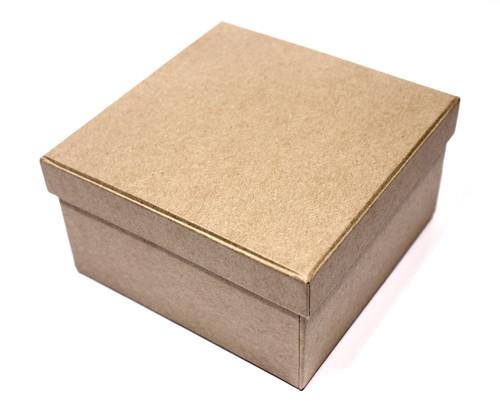 Заготовка коробки из папье-маше Scrapberrys, квадратная, 11 см х 11 см х 6 смSCB2765103Квадратная заготовка коробки Scrapberrys выполнена из папье-маше. Вы можете как угодно украсить и задекорировать эту коробочку, она подойдет для декора в различных техниках, таких как скрапбукинг, аппликация, восковая печать, дистрессинг и многое другое. А готовую коробочку можно использовать в качестве подарочной упаковки, что, несомненно, удивит получателя и подчеркнет вашу фантазию и дизайнерские способности. Ведь сделанная своими руками вещь ценится намного больше.