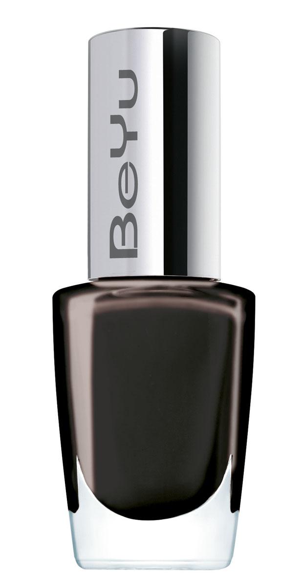 BeYu Стойкий лак для ногтей Long-Lasting, тон №280, черный, 8 мл310.280Долго держащийся лак для ногтей BeYu Long-Lasting, в новом дизайне и с улучшенной текстурой. Новая структура лака Long-Lasting гарантирует идеально гладкий и ровный маникюр. Благодаря улучшенной форме кисточки нанесение стало более комфортным и простым. Кисточка имеет плоскую и одновременно широкую форму, благодаря чему нанесение лака, даже для непрофессионалов, происходит равномерно и точно. Текстура лака и кисточка идеально сочетаются между собой. Лак наносится максимум в два слоя, текстура идеально покрывает ногти и придает им бриллиантовый, ультра сияющий цвет. Этот лак для ногтей быстро сохнет и держится, благодаря своей супер стойкости, очень долго. Завершается повторный выпуск ряда лаков для ногтей BeYu простой формой флакона. Супер стойкий. Быстро сохнет.
