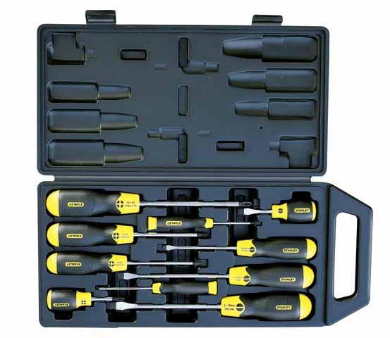 Набор отверток Stanley CushionGrip, 10 шт2-65-005Набор отверток Stanley CushionGrip предназначен для монтажа/демонтажа различных резьбовых соединений. Большие удобные рукоятки отверток обеспечивают большой момент и максимальный комфорт при работе. Цветовая маркировка рукояток помогает правильно идентифицировать тип отвертки под соответствующий шлиц. Дробеструйная обработка помогает защитить жало от коррозии и прикладывать бoльший момент. Стержни отверток изготовлены из хромованадиевой стали для высокой прочности и уменьшения вероятности сколов. В состав набора входят: Шлицевые отвертки: 6,5 х 45 мм, 5 х 100 мм, 6,5 х 150 мм, 8 х 150 мм, 3 х 75 мм. Крестовые отвертки: PH0 х 60 мм, PH1 х 100 мм, PH2 х 100 мм, PH3 х 150 мм, PH2 х 45 мм. Пластиковый кейс.