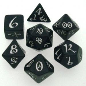 Набор костей игральных Классика, цвет: черно-белый, 7 штSCLE05Набор костей игральных предназначен для настольных ролевых игр «DnD», «Pathdinder», «Savage Worlds» и других, известных во всем мире систем. Набор включает в себя кубики: D4, D6, D8, D10, D12, D20, D100. Кубики выполнены из пластика черного цвета с белыми цифрами.