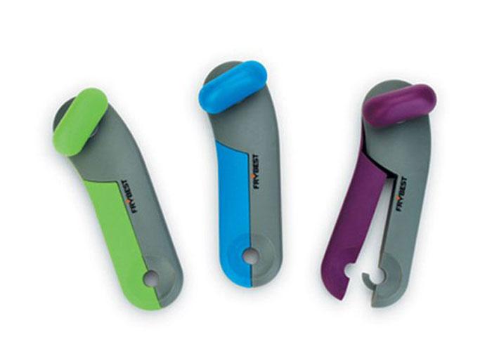 Открывалка для банок Frybest Rainbow, цвет: зеленый, серыйCO-003Открывалка Frybest Rainbow выполнена из высококачественной нержавеющей стали и пластика. Прибор легко и безопасно открывает все типы консервных банок, не оставляя заусенцев на краях. Порадуйте себя и своих близких качественным и функциональным подарком. Длина открывалки: 16,5 см.