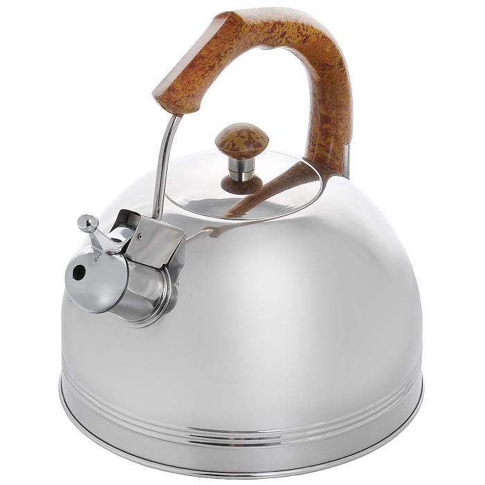 Чайник Appetite со свистком, 3,5 л. 003BR003BR кор.ручкаЧайник Appetite изготовлен из высококачественной нержавеющей стали с 3-х слойным термоаккумулирующим дном. Нержавеющая сталь обладает высокой устойчивостью к коррозии, не вступает в реакцию с холодными и горячими продуктами и полностью сохраняет их вкусовые качества. Особая конструкция дна способствует высокой теплопроводности и равномерному распределению тепла. Чайник оснащен коричневой пластиковой удобной ручкой. Носик чайника имеет откидной свисток, звуковой сигнал которого подскажет, когда закипит вода. Чайник Appetite пригоден для использования на всех видах плит, кроме индукционных. Можно мыть в посудомоечной машине. Характеристики: Материал: нержавеющая сталь, пластик. Объем: 3,5 л. Диаметр основания чайника: 22 см. Высота чайника (с учетом ручки): 24 см. Размер упаковки: 22,5 см х 25 см х 22,5 см. Артикул: 003BR.
