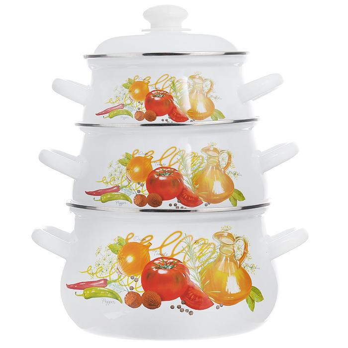 Набор кастрюль Итальянская кухня с крышками, цвет: белый, 3 шт129/4АП2.Набор Итальянская кухня состоит из трех кастрюль разного объема, изготовленных из стали с эмалированным покрытием. Внешние стенки белого цвета оформлены красочным изображением овощей и трав. Кастрюли оснащены удобными крышками с пластиковыми ручками и металлическим ободом. Эмалированные изделия, предназначенные для тепловой обработки, можно использовать на любых плитах: газовых, электрических, стеклокерамических, индукционных, а также в жарочном шкафу. Нельзя использовать в микроволновой печи! Характеристики: Материал: сталь, пластик. Цвет: белый. Комплектация: 3 шт. Объем кастрюль: 2 л, 3 л, 4,5 л. Диаметр кастрюль по верхнему краю: 18 см, 20 см, 22 см. Высота стенок: 10 см, 12 см, 14 см. Толщина стенок: 0,25 см. Толщина дна: 0,3 см. Размер упаковки: 23,5 см х 23,5 см х 32 см. Артикул: 129/4АП2.