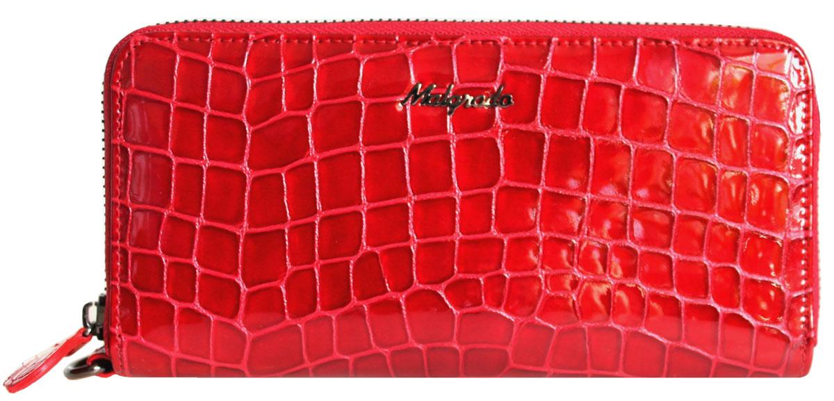 Кошелек женский Malgrado, цвет: красный. 73005-2880173005-28801#Стильный клатч Malgrado изготовлен из лаковой натуральной кожи красного цвета с тиснением под рептилию и закрывается на молнию. Внутри расположены четыре основных отделения, одно из которых на молнии, по четыре кармашка на боковых стенках для карточек, визиток, кредиток и два кармашка побольше, в которые можно положить пропуск, проездной билет или фотографию. В комплект также входит кожаный ремешок для удобной переноски. Клатч упакован в металлическую коробку с логотипом фирмы.