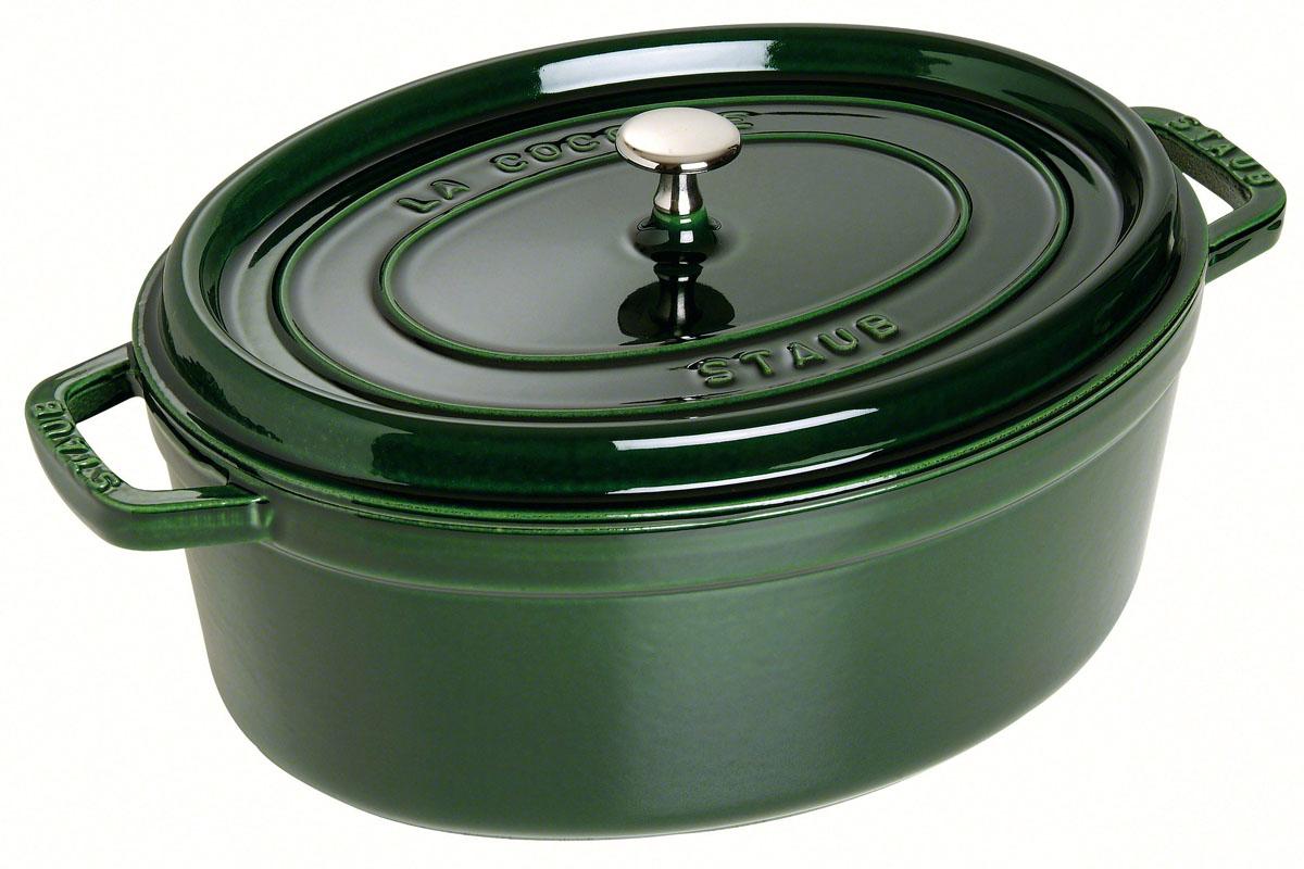 Кокот овальный, 33 см, 6,5 л, зеленый базилик1103385Изготовлен из чугуна, покрытого эмалью снаружи и внутри. Подходит для использования на всех типах плит и в духовке. Перед первым использованием вымыть горячей водой, высушить на слабом огне, затем смазать растительным маслом изнутри. Погреть несколько минут на слабом огне и вытереть избыток масла. Мыть жидким моющим средством, без применения абразивных веществ и металлических губок. Пригоден для мытья в посудомоечной машине. При падении на твердую поверхность посуда может треснуть или разбиться. Металлические кухонные принадлежности могут повредить посуду. Чтобы не обжечься, пользуйтесь прихватками.Адрес изготовителя:Zwilling Staub France S.A.S, 47 bis, rue des Vinaigriers, 75010 Paris, FRANCE (Цвиллинг Стауб Франс С.А.С 47 бис, ру де Винаигриерс, 75010 Париж, Франция) Характеристики: Материал: чугун. Артикул: 1103385.