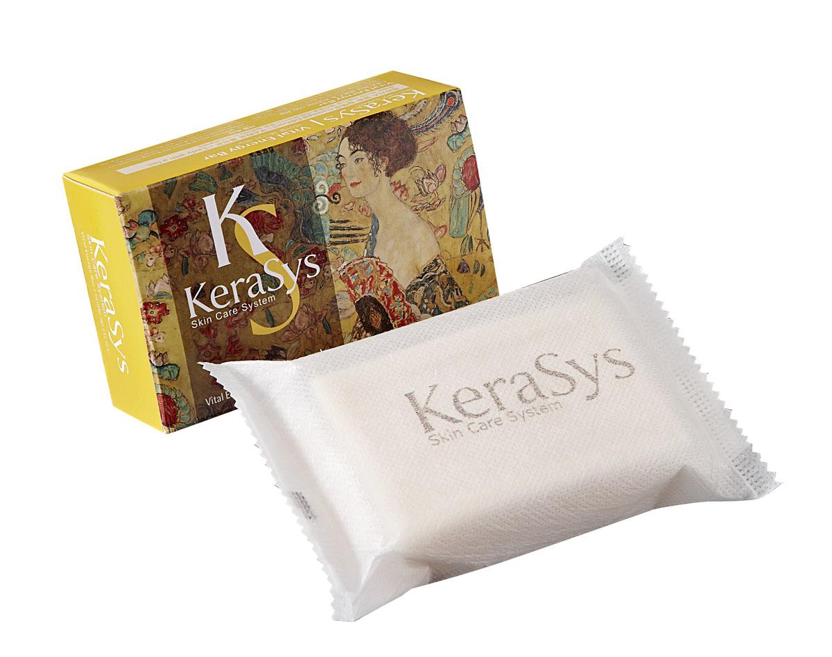 Kerasys Мыло Vital Energy, косметическое. 100 г869703Мыло Kerasys Vital Energy содержит экстракты альпийских трав, которые успокаивают кожу. Коэнзим Q10 – мощный природный антиоксидант, восстанавливает эластичность кожи, повышает упругость. Легкий аромат розы и спелых фруктов дарит ощущение нежности и комфорта. Характеристики: Вес: 100 г. Артикул: 869703. Производитель: Корея. Товар сертифицирован.