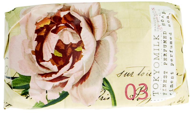 TokyoMilk Мыло брусковое Ботаника, 35 гTKM16E25Брусковое мыло TokyoMilk Ботаника упаковано в великолепную тонкую бумагу с отделкой под старинное полотно, благодаря своему глубокому аромату и яркой упаковке будто рассказывает интересную историю. Изысканное парфюмированное французское мыло тройного полирования приготовлено на базе чистейших растительных компонентов, образует плотную пену и прекрасно увлажняет кожу после мытья благодаря маслу ши. Теплый и комфортный аромат: свежая трава, черная смородина, белый ирис и бронзовый мускус. Характеристики: Вес: 35 г. Производитель: США. Товар сертифицирован. Уважаемые клиенты! Обращаем ваше внимание на возможные изменения дизайна упаковки. Поставка возможна в зависимости от наличия на складе. Комплектация осталась без изменений.