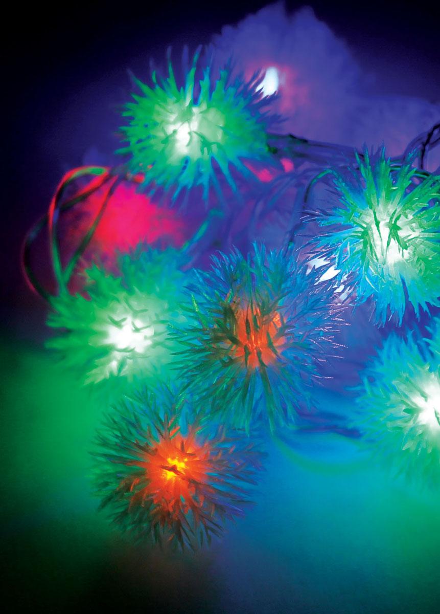 Светодиодная гирлянда Космос, 30 светодиодов, цвет: мультиколорKOC_GIR30LEDRUBBALL1Светодиодная гирлянда Космос с резиновыми насадками в виде пушистых снежинок отлично подойдет для украшения новогодней елки. На гирлянде расположены 30 лампочек. Провод гирлянды прозрачного цвета оснащен прямоугольным контролером с кнопкой для переключения восьми режимов. Режимы мигания электрогирлянды: combination (комбинированный); in wales (волна); sequentian (последовательный); slo-glo; chasing/flash (чеканка/вспышка) ; slow fade (медленное затухание); twinkle/flash (мерцание/вспышка); steady on (постоянный). Светодиодная гирлянда Космос создаст праздничную атмосферу и наполнит ваш дом радостью и позитивной энергией. Характеристики: Материал: пластик, резина. Цвет свечения: мультиколор. Электропитание (от сети): 230 В. Количество светодиодов: 30 шт. Длина гирлянды: 4,4 м. Режимы мигания: 8. Артикул: KOC_GIR30LEDRUBBALL1.