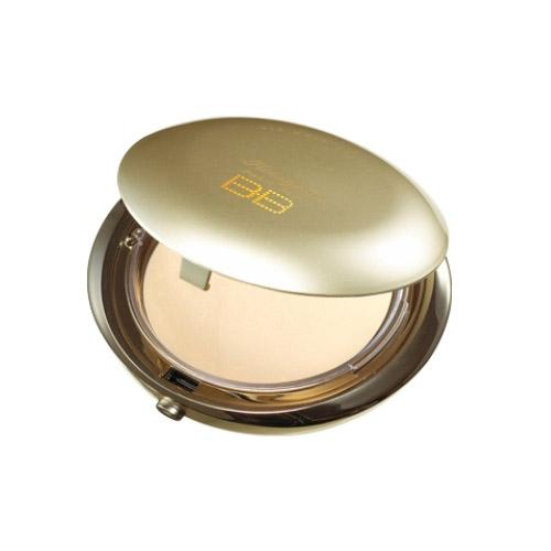 SKIN79 Компактная BB пудра для лица Hologram Pearl Pact. VIP Gold, 16 г660518BB пудра для лица SKIN79 Hologram Pearl Pact. VIP Gold легко делает кожу яркой и светящейся благодаря мельчайшим частицам жемчуга. Маскирует проблемные участки кожи естественно, а светоотражающий эффект делает ее еще более красивой. Содержит HYC, благодаря которому обеспечивает равномерное стойкое покрытие. Макияж выглядит естественно благодаря контролю за выделением кожного жира, кожа остается свежей и чистой весь день. Экстракты икры, золота, коэнзим Q10 и сквален питают, увлажняют и делают ее здоровой.