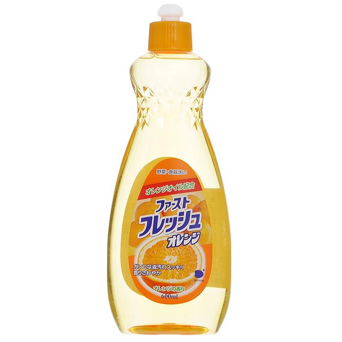 Гель для мытья посуды Daiichi Фреш Оранж, с ароматом апельсина, 600 мл340012Гель Daiichi Фреш Оранж предназначен для мытья столовой посуды, посуды для приготовления пищи, овощей и фруктов. Средство полностью удаляет трудновыводимые пятна жира и обладает приятным ароматом апельсина. Содержит растительный экстракт, безопасный для кожи рук. Средство не сушит и не раздражает кожу рук. Не оставляет запаха на овощах и фруктах. Экономично. Прекрасно смывается водой с любой поверхности полностью и без остатка. Подходит для мытья детской посуды и аксессуаров для кормления новорожденных.