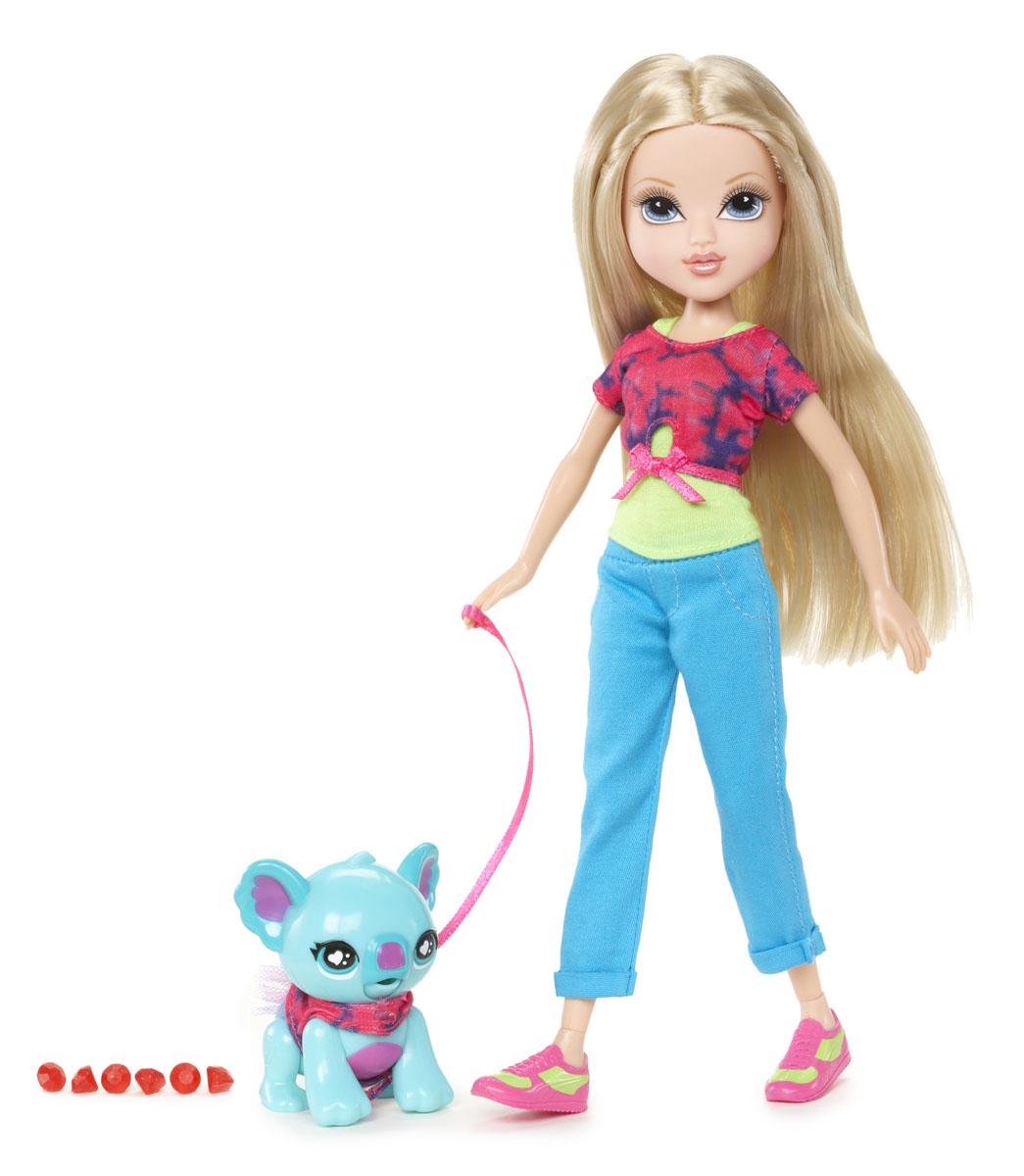 Moxie Кукла Эйвери с медвежонком519737Кукла Moxie Эйвери С питомцем - это очаровательная куколка с подвижной головкой и длинными светлыми волосами. Она одета в зеленую майку, розовый топ и голубые брючки, на ногах - розовые кроссовки с салатовыми вставками. В комплект входит любимый питомец Эйвери - необычный медвежонок бирюзового цвета, а также шесть красных кристаллов, которыми можно его покормить. Ваш ребенок будет с удовольствием играть с яркой необычной куколкой и ее питомцем, придумывая различные истории.