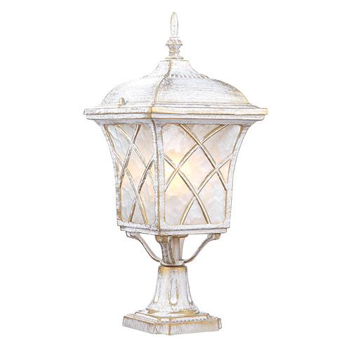 Светильник садово-парковый Прованс на подставке. L&L5180SL&L5180SУличный светильник с патинированной отделкой Luck & Light Прованс, имитирующей выгоревшую на солнце поверхность, создаёт стиль провинциальных французских домов. Рассеиватель из матового стекла с решёткой делает свет мягким для глаз. Невысокий фонарь будет хорошо смотреться на крыльце, на столбах забора, на кирпичном постаменте.