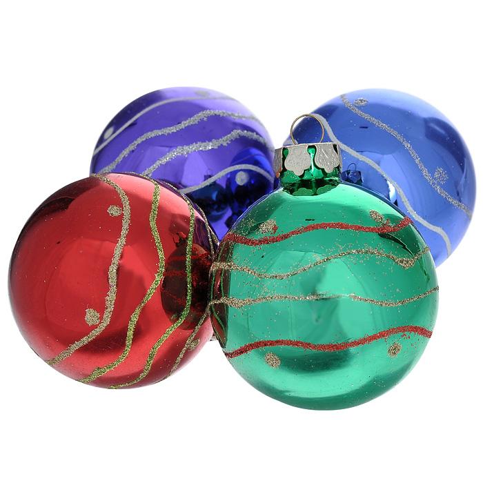 Набор подвесных новогодних украшений Шары, 4 шт. 3055930559Набор подвесных украшений состоит из 4 разноцветных шаров, выполненных из стекла и декорированных блестками. Набор шаров украсит новогоднюю елку и создаст теплую и уютную атмосферу праздника. Шарики упакованы в подарочную коробку с прозрачным окошком. Елочная игрушка - символ Нового года. Она несет в себе волшебство и красоту праздника. Создайте в своем доме атмосферу веселья и радости, украшая всей семьей новогоднюю елку нарядными игрушками, которые будут из года в год накапливать теплоту воспоминаний.