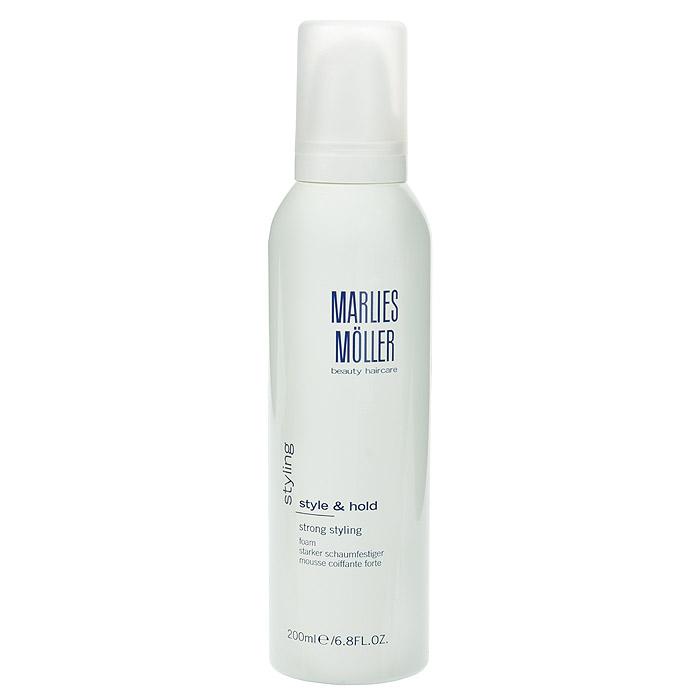 Marlies Moller Пена Styling для укладки волос, сильная фиксация, 200 мл25665MMsКондиционирующая пена для укладки идеально подходит для любого типа волос. Гарантирует сильную фиксацию без склеивания. Увлажняет волосы, придает им блеск и объем. Легко удаляется при расчесывании, не остаётся на волосах. Не содержит алкоголь и смолы. Чтобы добиться исключительного объема волос, нанесите пену на корни волос и распределите по длине до кончиков. Сделайте укладку с помощью фена и профессиональных круглых щеток MARLIES M?LLER. Хорошо встряхните перед использованием. Держите флакон дозатором вниз. Нанесите на волосы, начиная от корней и заканчивая кончиками.
