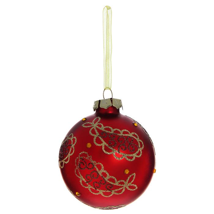 Новогоднее подвесное украшение Шар, цвет: красный. 3051230512Новогоднее подвесное украшение «Шар» выполнено из стекла с красным покрытием и декорировано узорами из блесток и стразами. С помощью специальной ленты украшение можно повесить в любом понравившемся вам месте. Но, конечно, удачнее всего такой шар будет смотреться на праздничной елке. Елочная игрушка - символ Нового года. Она несет в себе волшебство и красоту праздника. Создайте в своем доме атмосферу веселья и радости, украшая новогоднюю елку нарядными игрушками, которые будут из года в год накапливать теплоту воспоминаний. Коллекция декоративных украшений из серии Magic Time принесет в ваш дом ни с чем несравнимое ощущение волшебства!