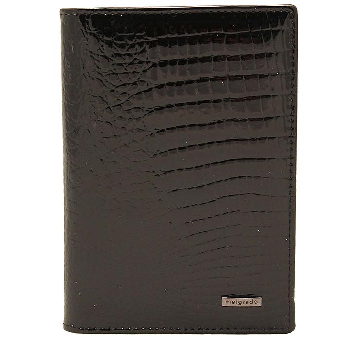 Обложка для паспорта Malgrado, цвет: черный. 54019-1-46#54019-1-46# BlackСтильная обложка для паспорта Malgrado изготовлена из натуральной лакированной кожи черного цвета с тиснением под рептилию. Внутри содержит прозрачное пластиковое окно, съемный прозрачный вкладыш для полного комплекта автодокументов, пять отделений для кредитных и дисконтных карт. Обложка упакована в подарочную картонную коробку с логотипом фирмы. Такая обложка станет замечательным подарком человеку, ценящему качественные и практичные вещи.