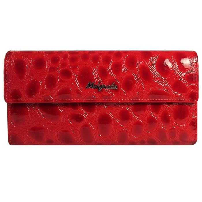 Кошелек женский Malgrado, цвет: красный. 72044-1-38402#72044-1-38402# RedСтильный кошелек Malgrado изготовлен из натуральной лакированной кожи красного цвета с декоративным тиснением под рептилию и вмещает в себя купюры в развернутом виде в полную длину. Внутри содержит пять основных отделений, одно из которых закрывается на кнопку, внутри расположено десять кармашков для карточек, визиток или кредиток и одно с прозрачным окошком, одно горизонтальное отделение и еще одно отделение на защелке для мелочи. С оборотной стороны расположен карман на молнии. Закрывается кошелек клапаном на кнопку. Кошелек упакован в подарочную металлическую коробку с логотипом фирмы. Такой кошелек станет замечательным подарком человеку, ценящему качественные и практичные вещи.