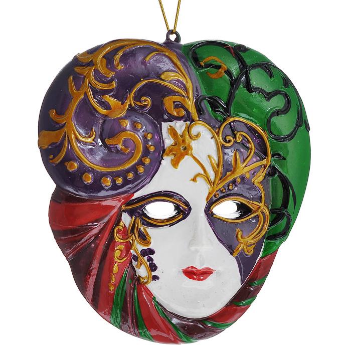Новогоднее подвесное украшение Маска. 3048330483Изящное новогоднее украшение Маска выполнено из полирезины в виде венецианской маски. С помощью специальной текстильной петельки украшение можно повесить в любом понравившемся вам месте. Но, конечно, удачнее всего такая игрушка будет смотреться на праздничной елке. Новогодние украшения приносят в дом волшебство и ощущение праздника. Создайте в своем доме атмосферу веселья и радости, украшая всей семьей новогоднюю елку нарядными игрушками, которые будут из года в год накапливать теплоту воспоминаний. Характеристики: Материал: полирезина. Размер украшения: 8 см х 7 см х 1 см. Артикул: 30483.