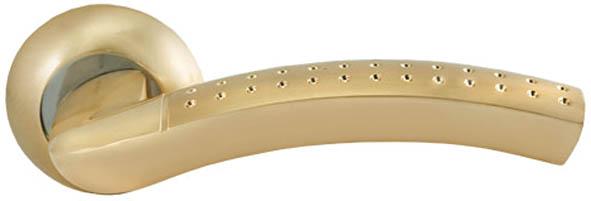 Ручка дверная Palladium City - Bruno-M, цвет: золото, хром66407Ручки дверные Palladium произведены из высококачественных материалов с использованием оригинальной технологии нанесения покрытия, что обеспечивает качественную работу изделий в течении долгого срока при условии соблюдения правил эксплуатации. Комплект дверных ручек используется для установки на стальные и деревянные двери толщиной от 35 мм до 55 мм. Комплектация: Ручки 1 пара; Шурупы 6 шт; Квадрат 8 мм х 8 мм х 105 мм; Стяжные винты 2 шт; Монтажный ключ.