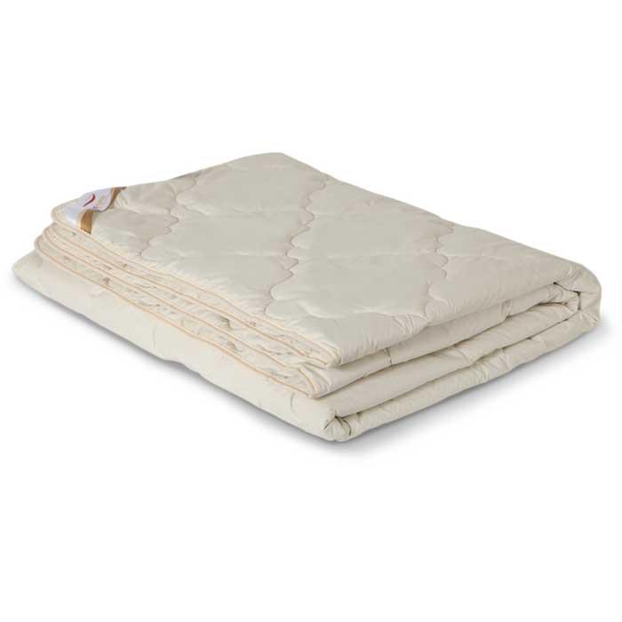 Одеяло всесезонное OL-Tex Верблюжья шерсть, цвет: бежевый, 172 х 205 смОВТ-18-3Чехол всесезонного одеяла OL-Tex Верблюжья шерсть выполнен из высококачественного плотного материала тик (100% хлопок) бежевого цвета. Наполнитель - верблюжья шерсть с полиэстером. Верблюды известны исключительной приспособляемостью к суровым климатическим условиям. Шерсть верблюда имеет свойство сохранять прохладу в период жаркого лета и удерживать тепло во время суровой зимы. При одинаковом объеме с овечьей шерстью, верблюжья шерсть почти в два раза легче и превосходит ее по теплопроводным свойствам. Верблюжья шерсть обладает обезболивающими, антибактериальными, противовоспалительными свойствами. Верблюжья шерсть содержит в большом количестве полезный для здоровья ланолин, который является прекрасным природным антисептиком. Подушки и одеяла из верблюжьей шерсти подарят вам целебное сухое тепло и здоровый, крепкий сон. Всесезонное одеяло из верблюжьей шерсти согреет вас в любое время года. Высокое содержание ланолина в шерсти верблюда благотворно воздействует на мышцы,...