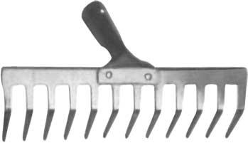 Грабли FIT, без черенка, прямой зуб, 12 зубьев, 35 х 10 см77009Грабли с прямыми зубьями FIT используются, как правило, для сбора опавшей листвы, скошенной травы, а также для уборки мусора. Изготовлены из низкоуглеродистой стали с напылением из ПВХ. Поставляются без черенка. Характеристики: Материал: сталь. Размер рабочей части: 35 см х 10 см. Диаметр под черенок: 3 см. Размер упаковки: 35 см х 11 см х 10 см.