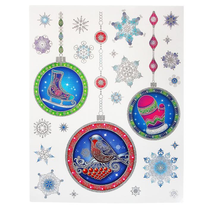 Новогоднее оконное украшение Елочные украшения. 3126931269Новогоднее оконное украшение Елочные украшения поможет украсить дом к предстоящим праздникам. Яркие изображения в виде елочных игрушек нанесены на прозрачную клейкую пленку. Рисунки декорированы серебристыми блестками. С помощью этих украшений вы сможете оживить интерьер по своему вкусу: наклеить их на окно, на зеркало или на дверь. Новогодние украшения всегда несут в себе волшебство и красоту праздника. Создайте в своем доме атмосферу тепла, веселья и радости, украшая его всей семьей. Коллекция декоративных украшений из серии Magic Time принесет в ваш дом ни с чем не сравнимое ощущение волшебства! Характеристики: Материал: пленка ПВХ, глиттер. Размер листа: 30 см х 38 см. Размер наибольшей наклейки: 15,5 см х 14,5 см. Размер наименьшей наклейки: 2,3 см х 2,5 см. Изготовитель: Тайвань. Артикул: 31269.