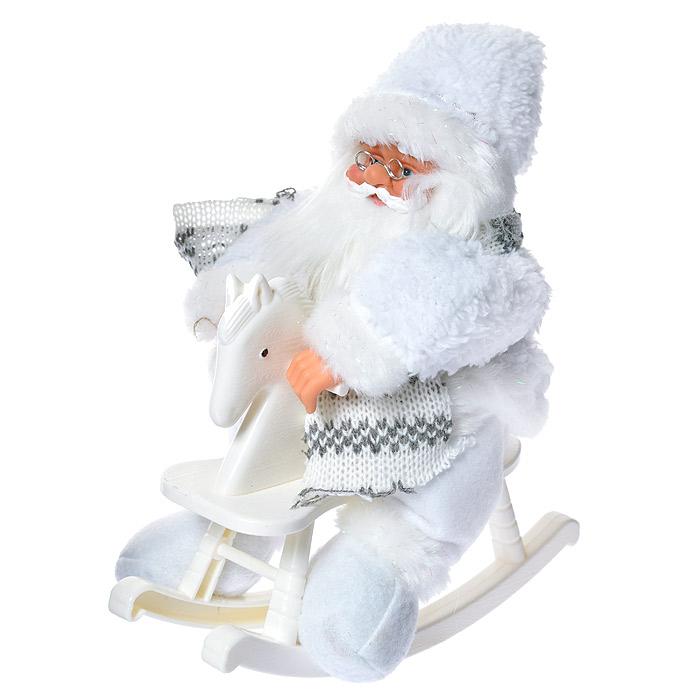Новогодняя декоративная фигурка Санта, высота 25 см.3102431024Декоративная фигурка Санта подойдет для оформления новогоднего интерьера и принесет с собой атмосферу радости и веселья. Фигура Санта Клауса размещается на пластиковой лошадке-качалке. Санта одет в белые ватные брюки и пушистую шубку. На голове у него белый колпак с мехом и бубенчиком на конце. Его добрый вид и очаровательная густая, белая борода притягивают к себе восторженные взгляды. Коллекция декоративных украшений из серии Magic Time принесет в ваш дом ни с чем несравнимое ощущение волшебства! Новогодние украшения всегда несут в себе волшебство и красоту праздника. Создайте в своем доме атмосферу тепла, веселья и радости, украшая его всей семьей.