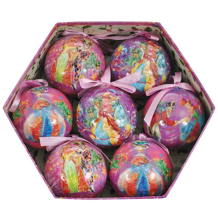 Набор новогодних подвесных украшений Маскарад, 7 шт. 2014920149Набор подвесных украшений Маскарад состоит из семи новогодних шаров. Украшения выполнены из пластика в виде шаров, декорированных ручной художественной росписью и покрытых лаком. Благодаря плотному корпусу изделия никогда не разобьются, поэтому вы можете быть уверены, что они прослужат вам долгие годы. На каждом шарике из набора изображены сценки из маскарада. Такой набор елочных игрушек может стать отличным и незабываемым подарком. Набор упакован в подарочную шестиугольную коробку. Откройте для себя удивительный мир сказок и грез. Почувствуйте волшебные минуты ожидания праздника, создайте новогоднее настроение вашим дорогим и близким. Характеристики: Материал: пластик, текстиль. Диаметр шара: 7,5 см. Размер упаковки: 25 см х 22 см х 8 см. Артикул: 20149. Изготовитель: Китай. Компания Незабудка занимается продажей новогодних украшений и детских игрушек. Большинство украшений сделано по собственным дизайн -...