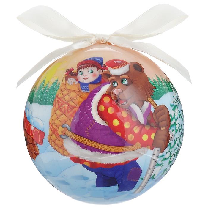 Елочное украшение Шар. Маша и Медведь, диаметр 10 см. 2033020330Оригинальное подвесное украшение Шар. Маша и Медведь прекрасно подойдет для праздничного декора новогодней ели. Украшение, выполненное из пластмассы, оформлено ярким изображением по мотивам сказки Маша и Медведь. Благодаря плотному корпусу изделие никогда не разобьется, поэтому вы можете быть уверены, что оно прослужит вам долгие годы. С помощью атласной ленточки бежевого цвета украшение можно повесить на праздничную елку. Елочная игрушка - символ Нового года. Она несет в себе волшебство и красоту праздника. Создайте в своем доме атмосферу веселья и радости, украшая новогоднюю елку нарядными игрушками, которые будут из года в год накапливать теплоту воспоминаний. Характеристики: Материал: пластмасса (вспененный полистирол), текстиль. Диаметр шара: 10 см. Размер упаковки: 11 см х 11 см х 15 см. Производитель: Россия. Изготовитель: Китай. Артикул: 20330.
