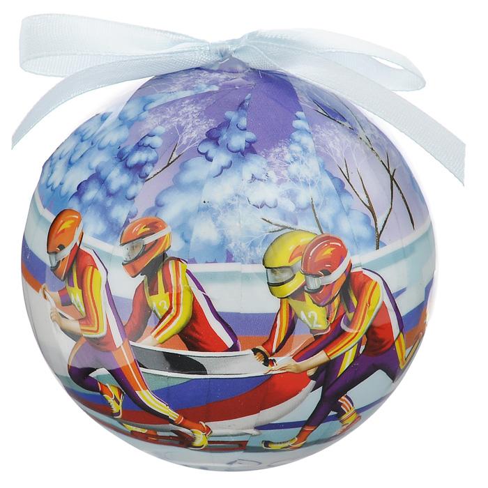Елочное украшение Шар. Бобслей, диаметр 10 см. 2035020350Оригинальное подвесное украшение Шар. Бобслей, выполненное из пластмассы, прекрасно подойдет для праздничного декора новогодней ели. Благодаря плотному корпусу изделие никогда не разобьется, поэтому вы можете быть уверены, что оно прослужит вам долгие годы. С помощью атласной ленточки голубого цвета украшение можно повесить на праздничную елку. Елочная игрушка - символ Нового года. Она несет в себе волшебство и красоту праздника. Создайте в своем доме атмосферу веселья и радости, украшая новогоднюю елку нарядными игрушками, которые будут из года в год накапливать теплоту воспоминаний.