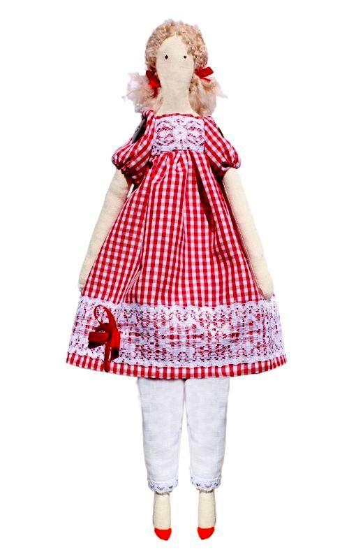Набор для изготовления текстильной игрушки Эмма, высота 42 смAM100016В наборе для изготовления текстильной игрушки Эмма есть все необходимое для создания куклы в стиле Tilda: ткань для тела игрушки (100% хлопок), ткань для одежды (100% хлопок), декоративные элементы, пуговицы, нитки для волос, ленточки, кружево, украшения, инструмент для набивки игрушки, выкройка, инструкция на русском языке. Вам потребуется: суперпух для набивки, нитки, иголка. По желанию, вы можете использовать акриловые краски для прорисовки лица игрушки, кофе растворимый, клей ПВА (для тонирования игрушки). Текстильные куклы популярны во всем мире - их коллекционируют, украшают ими дом. Интерьерная кукла или просто забавная примитивная игрушка ручной работы может стать украшением дома и оригинальным подарком, который несет в себе любовь и тепло человеческих рук. Эти куклы могут быть абсолютно разными, но все они очень нежные и уютные! Это не только увлекательное занятие, как для взрослых, так и для детей, но и возможность самовыражения, отдых и милые воспоминания о...