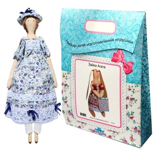Подарочный набор для изготовления текстильной игрушки Софья, 42 смAM200018В наборе для изготовления текстильной игрушки Софья есть все необходимое для создания куклы в стиле Tilda: ткань для тела игрушки (100% хлопок), ткань для одежды (100% хлопок), декоративные элементы, пуговицы, нитки для волос, ленточки, кружево, украшения, суперпух и инструмент для набивки игрушки, выкройка, инструкция на русском языке. Вам потребуется: нитки, иголка. По желанию, вы можете использовать акриловые краски для прорисовки лица игрушки, кофе растворимый, клей ПВА (для тонирования игрушки). Необычайной красоты мягкая игрушка в виде симпатичной текстильной куклы в платьице в цветочек, сделанная своими руками, привлечет к себе внимание и будет потрясающе смотреться в интерьере вашего помещения, особенно в интерьере детской комнаты. Текстильные куклы популярны во всем мире - их коллекционируют, украшают ими дом. Интерьерная кукла или просто забавная примитивная игрушка ручной работы может стать украшением дома и оригинальным подарком, который несет в себе...