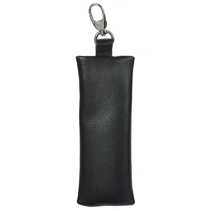 Ключница Befler, цвет: черный. KL.8.-9KL.8.-9. черныйКомпактная ключница Befler черного цвета - стильная вещь для хранения ключей. Ключница, закрывающаяся на застежку-молнию, выполнена из натуральной кожи высокого качества с естественной лицевой поверхностью. Внутри ключницы расположено металлическое кольцо для ключей и дополнительный наружный карабин для крепления. Характеристики: Цвет: черный. Размер (без карабина): 13 см x 5 см x 1 см. Размер упаковки: 14 см x 7,5 см x 2 см. Материал: натуральная кожа. Производитель: Россия. Артикул: KL.8.-9.
