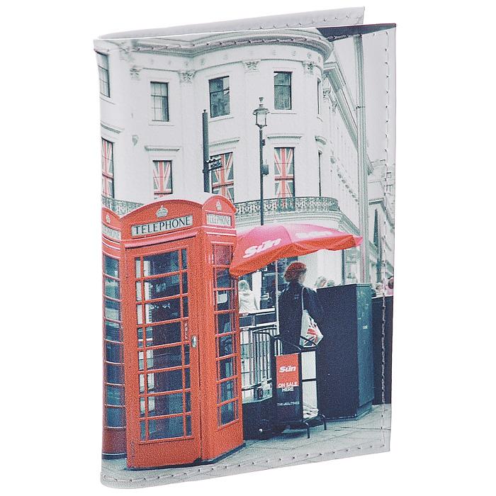 Визитница Лондонские будки. VIZIT-149VIZIT-149Визитница Mitya Veselkov, выполненная из натуральной кожи, оформлена изображением лондонских телефонных будок. Внутри содержится блок из прозрачного пластика на 18 визиток и 2 прозрачных вертикальных кармана. Яркая и оригинальная визитница подчеркнет вашу индивидуальность и изысканный вкус. Визитница стильного дизайна может быть достойным и оригинальным подарком.