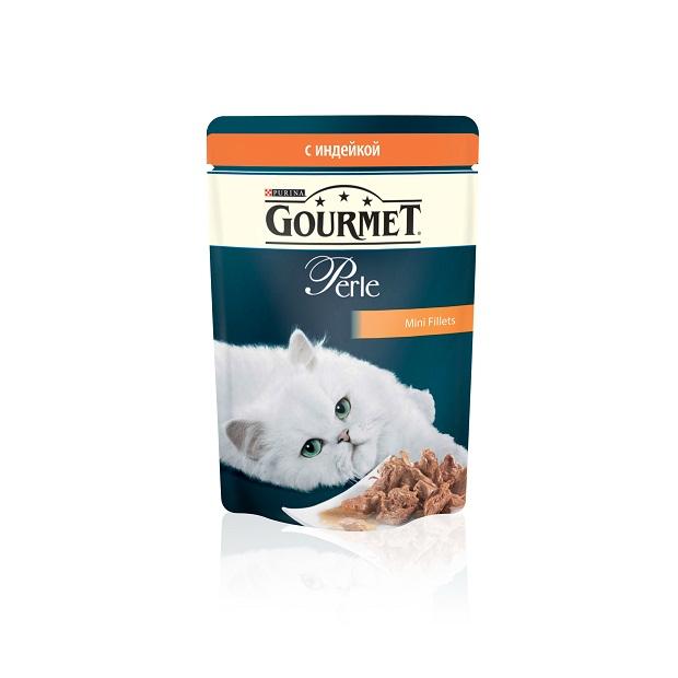 Консервы для кошек Gourmet Perle, мини-филе с индейкой, 85 г12222524Ваша кошка - настоящий гурман, и порой ей сложно угодить. Корм Gourmet Perle - это изысканное угощение с превосходным вкусом, которым ваша кошка будет наслаждаться каждый день. Ваш гурман оценит нежнейшие кусочки с мясом или рыбой, приготовленные в аппетитном соусе. Корм Gourmet Perle - изысканное угощение на каждый день. Рекомендации по кормлению: Суточная норма: 3-4 пакетика в день для взрослой кошки (средний вес 4 кг), в два приема. Данная суточная норма рассчитана для умеренно активных взрослых кошек, живущих в условиях нормальной температуры окружающей среды. В зависимости от индивидуальных потребностей кошки норма кормления может быть скорректирована для поддержания нормального веса вашей кошки. Подавайте корм комнатной температуры. Следите, чтобы у вашей кошки всегда была чистая, свежая питьевая вода. Условия хранения: Закрытый пакетик хранить в сухом прохладном месте. После открытия продукт хранить в холодильнике...