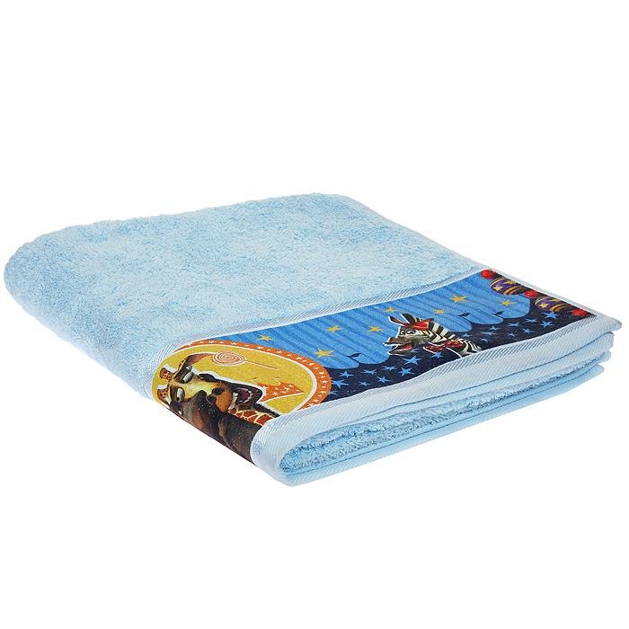 Полотенце махровое Непоседа Мадагаскар. Мелман, цвет: голубой, 50 см х 90 см179928Махровое полотенце Непоседа Мадагаскар. Мелман, изготовленное из натурального хлопка, комфортно в ежедневном применении благодаря особо мягкой текстуре полотна. Махровая ткань полотенца отличается равномерным невысоким ворсом. Полотенце выполнено в сочном голубом цвете и оформлено изображением жирафа Мелмана, персонажа известного мультфильма Мадагаскар. Махровое полотенце Непоседа Мадагаскар. Мелман подарит ощущение комфорта, а любимые персонажи создадут позитивное настроение у вашего малыша.