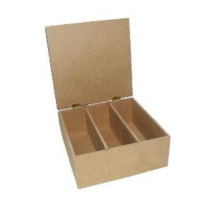 Коробка для чая Кустарь, с 3 отделениямиAH6140101Коробка для чая Кустарь - это качественная заготовка из материала МДФ для занятий декупажом. Коробка имеет 3 внутренних отделения. Крышка коробки - на металлических петлях. Украсив коробку по своему вкусу, вы сможете создать свой собственный роскошный предмет кухонной утвари. Сейчас старинная техника декупажа вновь стала модной и широко распространена в различных странах при декорировании сумочек, шляпок, подносов, елочных украшений, солнечных часов, шкатулок, посуды, упаковок и т. д., а также при создании эксклюзивных предметов интерьера, при оформлении одежды и изготовлении модных аксессуаров.