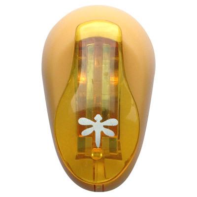 Дырокол фигурный Hobbyboom Стрекоза, №38, цвет: оранжевый, 1 смCD-99XS-038Фигурный дырокол Hobbyboom Стрекоза. № 38, изготовленный из пластика и металла, используется в скрапбукинге для создания фотоальбомов ручной работы, оригинальных открыток, оформления подарков и в бумажном творчестве. Фигурный дырокол создан для прорезания фигурных отверстий в бумаге, а вырезанный элемент также можно использовать для декорирования. Рисунок прорези в виде стрекозы диаметром 1 см указан на ручке дырокола. Предназначен для бумаги определенной плотности - 80-200 г/м2. Фигурный дырокол Hobbyboom Стрекоза. № 38 - незаменимый инструмент для хобби и творчества.