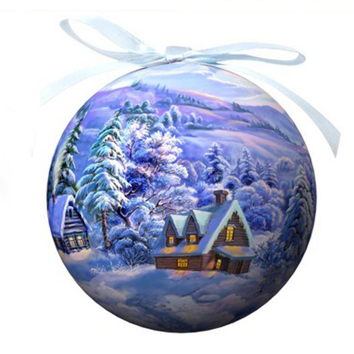Елочное украшение Шар. Зимний пейзаж, диаметр 10 см. 2028820288Оригинальное подвесное украшение Шар. Зимний пейзаж прекрасно подойдет для праздничного декора дома и новогодней ели. Шар, выполненный из пластмассы, оформлен красочным изображением зимней природы. Благодаря плотному корпусу изделие никогда не разобьется, поэтому вы можете быть уверены, что оно прослужит вам долгие годы. С помощью атласной ленточки голубого цвета украшение можно повесить на новогоднюю елку. Елочная игрушка - символ Нового года. Она несет в себе волшебство и красоту праздника. Создайте в своем доме атмосферу веселья и радости, украшая новогоднюю елку нарядными игрушками, которые будут из года в год накапливать теплоту воспоминаний.