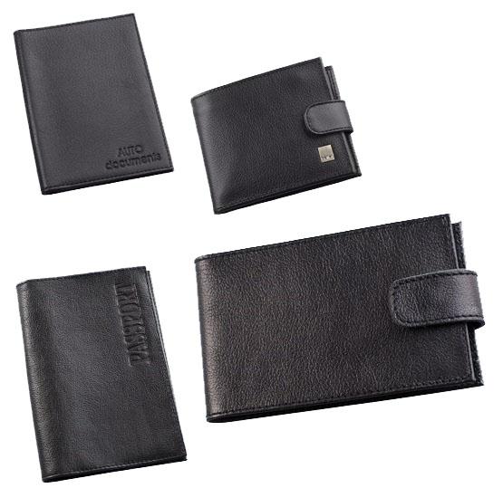 Подарочный набор Befler Грейд: бумажник водителя, обложка для паспорта, портмоне, визитница, цвет: черный. BV.1/O.1/PM.39/V.31-9BV.1/O.1/PM.39/V.31-9.черМужской подарочный набор Befler Грейд включает в себя обложку для паспорта, бумажник водителя, портмоне и визитницу. Предметы набора выполнены из натуральной кожи черного цвета. Обложка для паспорта содержит на внутреннем развороте 2 пластиковых кармана с прорезями. Горизонтальная визитница имеет внутренний блок из прозрачного пластика на 20 карт, закрывается при помощи хлястика на кнопку. Бумажник водителя содержит блок из 6 прозрачных пластиковых файлов для водительских документов. Портмоне включает три отделения для купюр, одно из которых на молнии, 4 прорезных кармана для пластиковых карт и отделение на молнии для мелочи. Закрывается портмоне при помощи хлястика на кнопку. Такой набор станет отличным подарком для мужчины, ценящего качественные и красивые вещи.